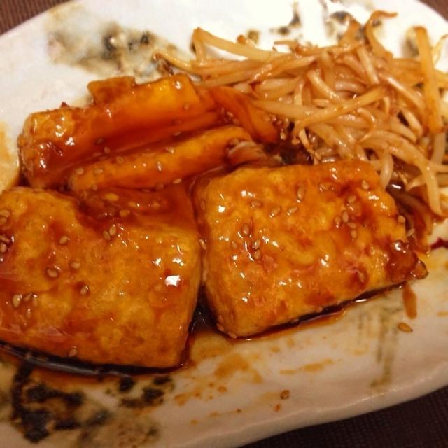 豆腐ステーキのピリ辛甘酢あんかけ