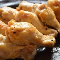 晩ご飯に!鶏手羽元のピリ辛マヨ焼き