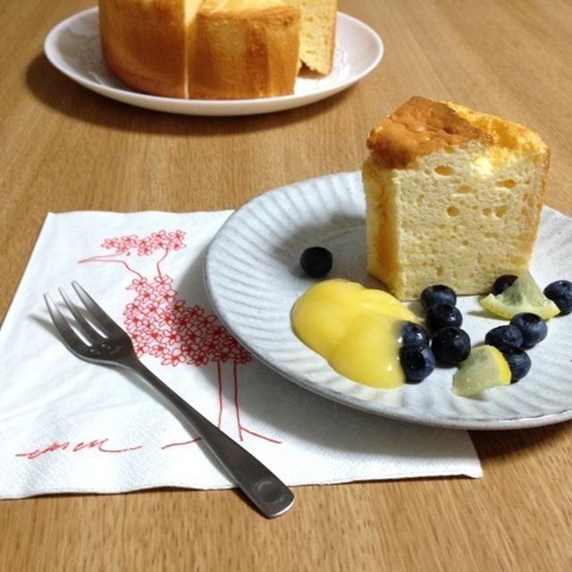ベイクドチーズケーキ風味のシフォンケーキ