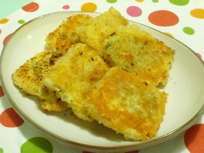 豆腐のチーズと大葉乗せ「カツレツ風」