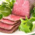 炊飯器で簡単!ローストビーフレシピ5選 by みぃさん