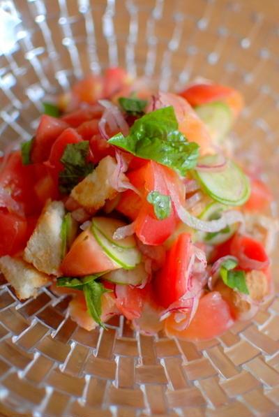トマトとクルトンのサラダ Tomato Salad with Crouton