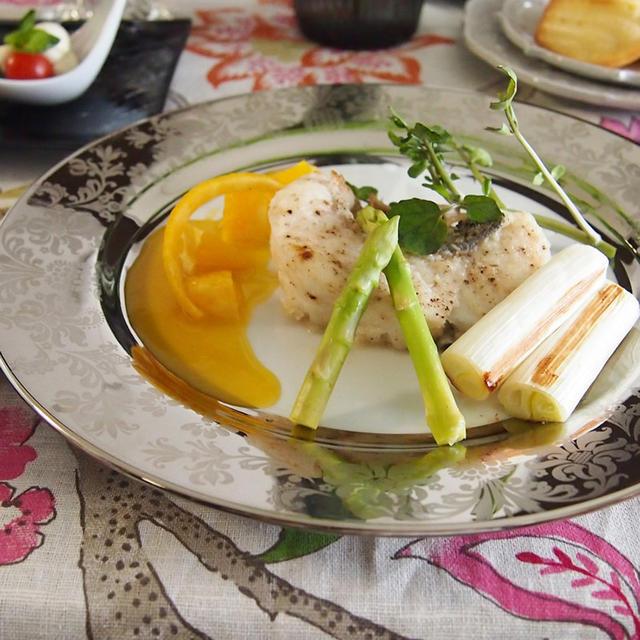 ちょっと豪華なおうちランチコーディネートとスズキのソテー・オレンジバターソース