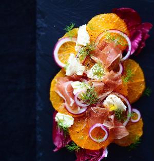 オレンジと生ハムのカルパッチョ風サラダ