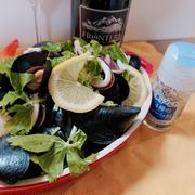 香りソルトでムール貝ワイン蒸し