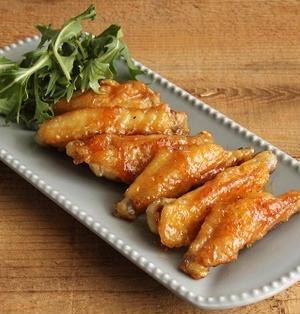 簡単おつまみ!お花見にも♪鶏スペアリブの甘辛マーマレード焼き