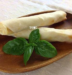 トースターで簡単♪ジャガイモとチーズのカレー風味の焼き春巻き
