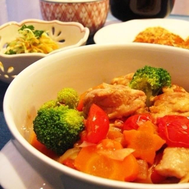 """キャベツ三昧な夕食と""""チキンとキャベツのミニトマト煮込み"""""""