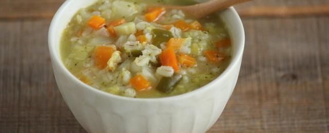 食べ過ぎリセット!「デトックススープ」ですっきりしましょう♪