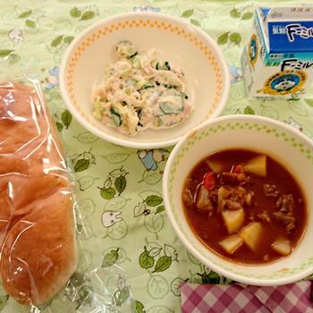 小学校給食の試食会