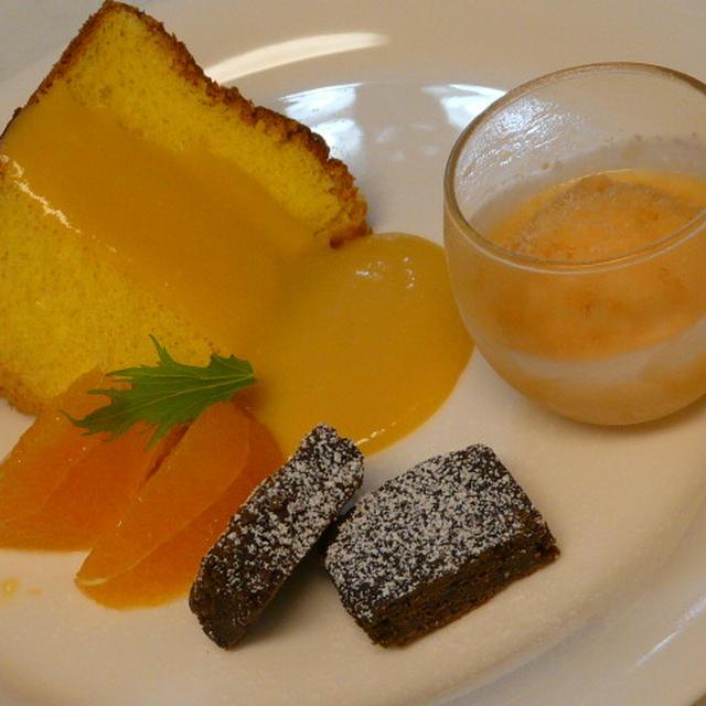 オレンジシフォンケーキ・オレンジソース添え