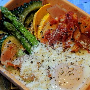 ボーソー米油で作る☆メカジキのトマト煮、夏野菜と温玉添え