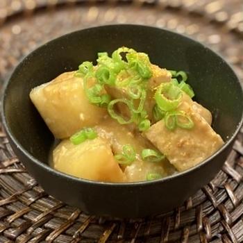 冬大根と厚揚げの味噌煮込み 麹甘酒でとろ〜り美味しい!