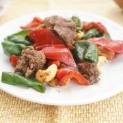 ジビエ料理!「エゾシカ肉のカシューナッツ炒め」