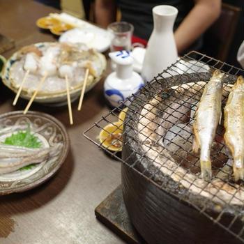【新馬場】新鮮な海鮮類を踊り焼きで豪快に楽しむ人気の名酒場「牧野」
