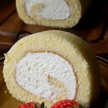 共立てのロールケーキ