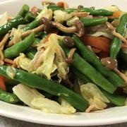 ボイル野菜をオリーブオイル醤油で&庭のミニトマト♪