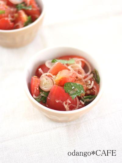 もう1品作れちゃう!塩麹トマトの薬味和え