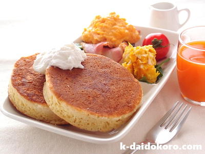 作り方はとても簡単『クランペット』 パンケーキの次はコレ! みんな大好き、ふんわり・もっちり食感♪