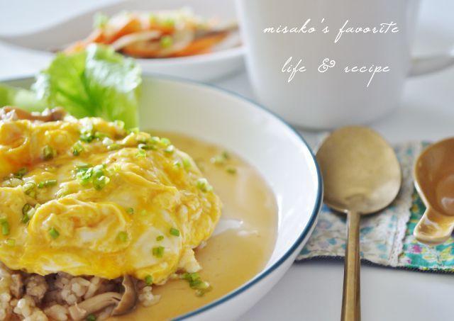 炊き込みご飯とふわふわ卵のオムライス