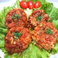 キャベツたっぷりトマト煮込みハンバーグ