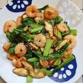 簡単!ご飯がすすむ味*むきえびと小松菜の中華炒め*
