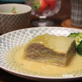 ケーキ風 白菜とひき肉の重ね煮。