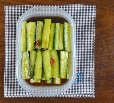【すぐに食べられる おつまみレシピ】 さっぱり!たたきキュウリの酢醤油漬け