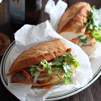 ベトナムのサンドウィッチ、バインミー