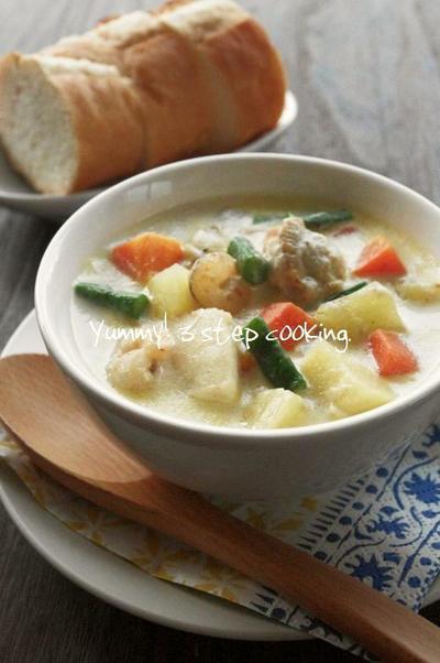 ★レシピ★15分で完成♪具だくさんの食べるスープ、シーフードチャウダー。