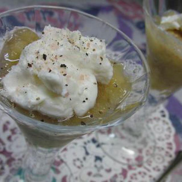 デザートにもなるお酒のアテ^^ ピンクソルトとレインボーペッパーで♪ 冷凍バナナヨーグルト