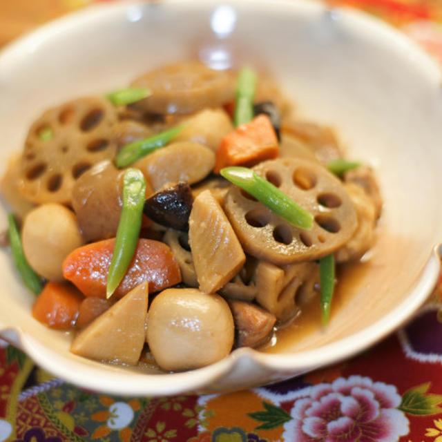 """Chikuzen-ni"" イタリアで筑前煮(炒り鳥)!冷凍ミックス和風野菜を使って…"