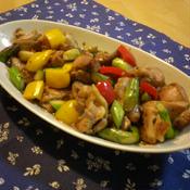 鶏肉とアスパラ、パプリカのカラフル生姜醤油炒め