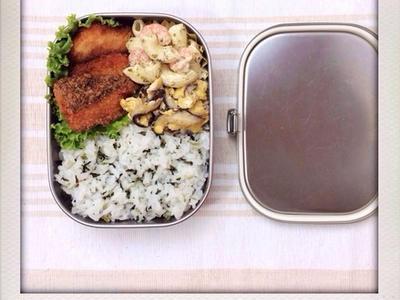 >鮭フライのおべんと。 by izumi_obentoさん