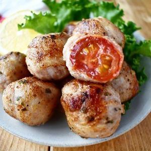 ボリュームアップが簡単に!じゅわっとおいしいトマトの肉巻きレシピ