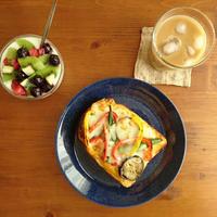 ジュワーっと美味しい夏野菜トースト