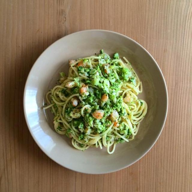 えびとブロッコリのスパゲティ