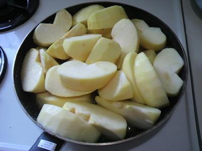 アップルパイが美味しい季節です