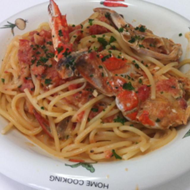 ワタリガニのトマトクリームパスタ