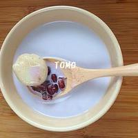 茹で小豆缶 de 冷たいミルク汁粉