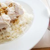ガラムマサラ風味の海南鶏飯(ハイナムチキンライス)