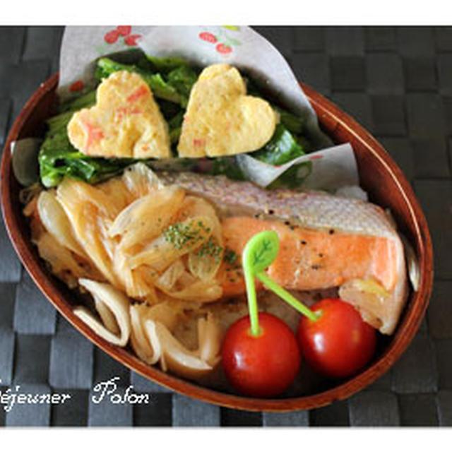 ルクエでお弁当作りno.532~たまご&サラミパン☆