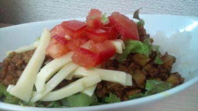 レンコンとひき肉のカレー味噌 タコライス風