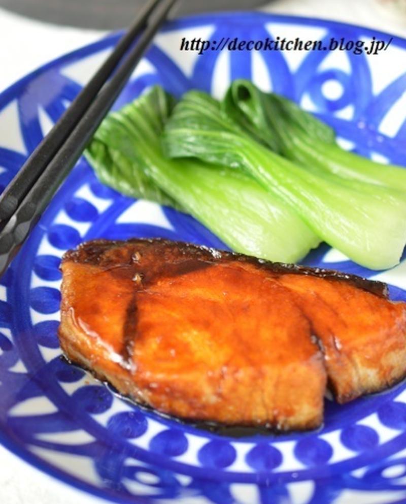 フライパンで簡単!ごはんにぴったり♪「ぶりの照り焼き」レシピ