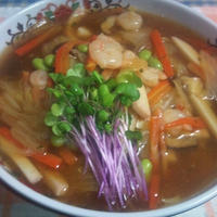 中華三昧 広東風醤油拉麺で、あんかけラーメン☆