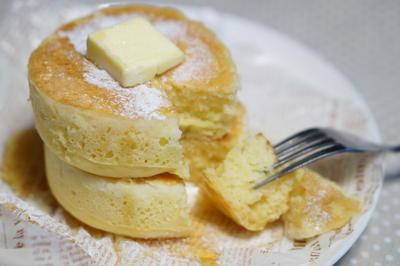 厚さ3センチふわふわ~なパンケーキ