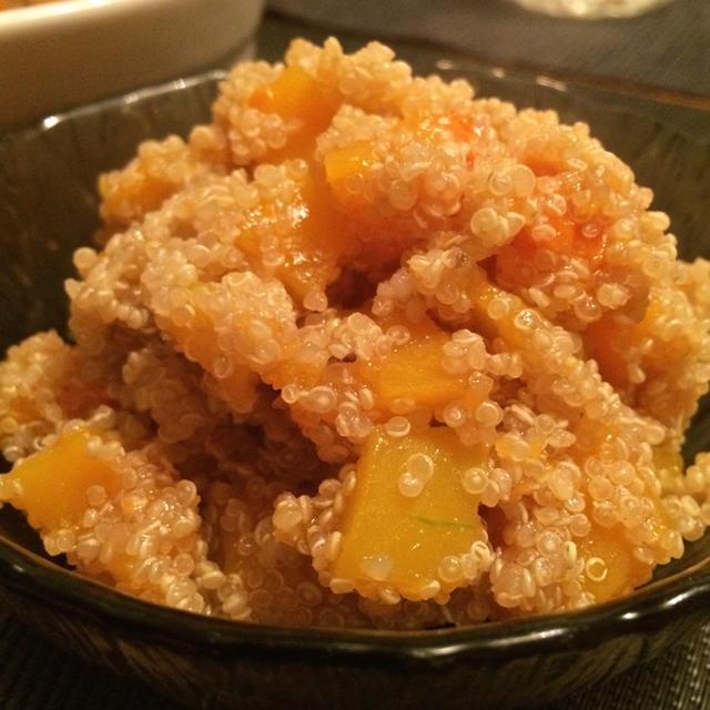 フレッシュトマトの煮込みハンバーグ、バターナッツスクウォッシュの キヌアサラダ☆