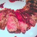 牛サーロインステーキ 赤ワイン&リーペリンソース by 低温調理器 BONIQさん