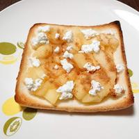 カッテージチーズで簡単アップルパイとアップルトースト♡ #雪印メグミルク