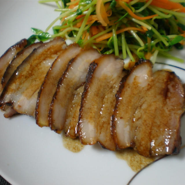 塩麹豚バラの低温焼き*花椒ソース